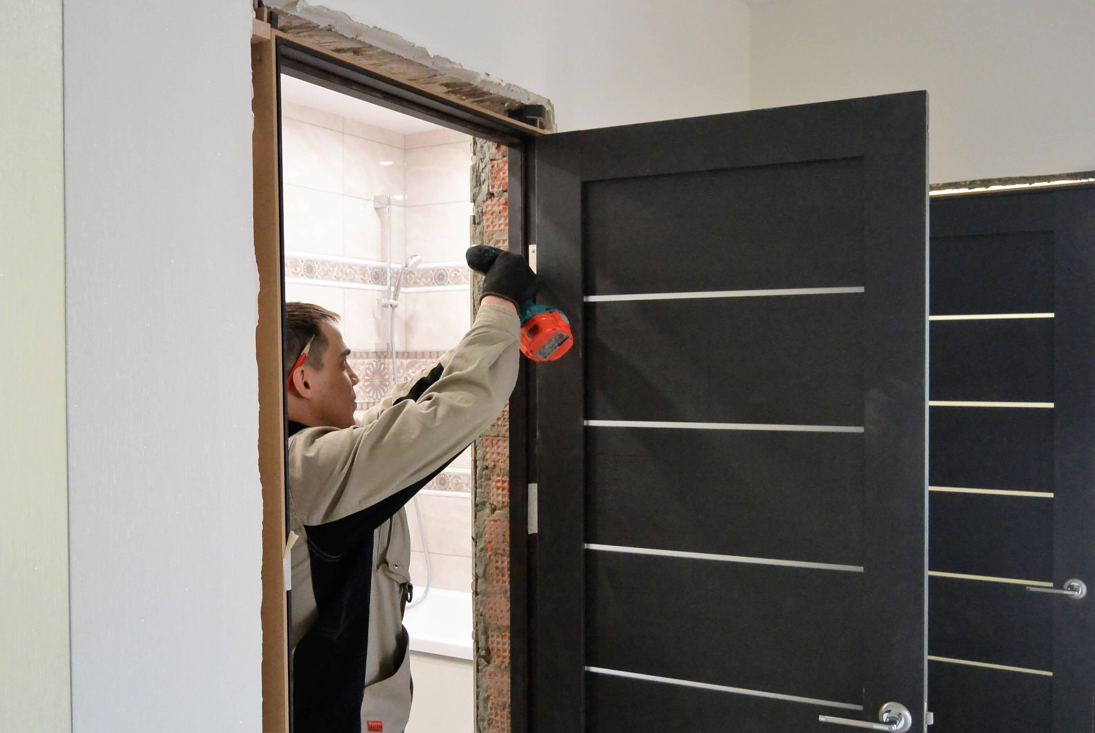 картинки ремонта дверей как правильно отметить